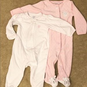 2 Carters baby footed pajamas - 9m - NWOT